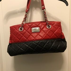 Nine West Red Black Quilted Medium Chain Bag